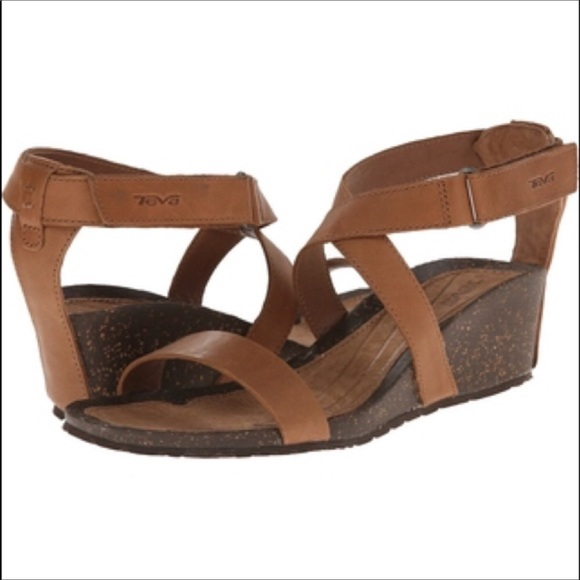 45dc1516ec556f Teva brown cabrillo strap wedge sandals Size 6.5. M 5bf7716dbaebf662b127783e